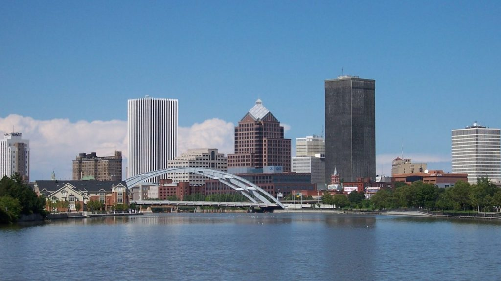 rochester-city-skyline-bridge