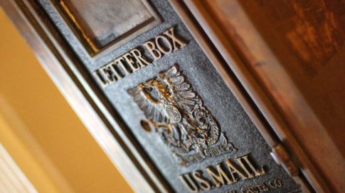 Iron mail box for outgoing mail